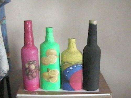 Imagen botellas decoradas con servilletas - Botellas decoradas manualidades ...