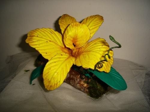 Como hacer una orquídea de foami - Imagui