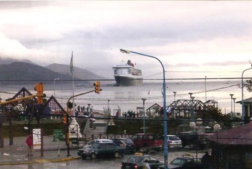 Queen Mary 2 en Ushuaia